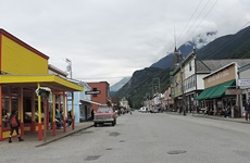 Street view of downtown Skagway.