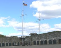 Notice that the fort also flies the US flag, to welcome the American tourists.