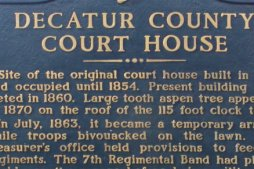 Click on this sign to expand it and read about the tree in the courthouse roof.