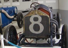 This car won the second Indy that was run!